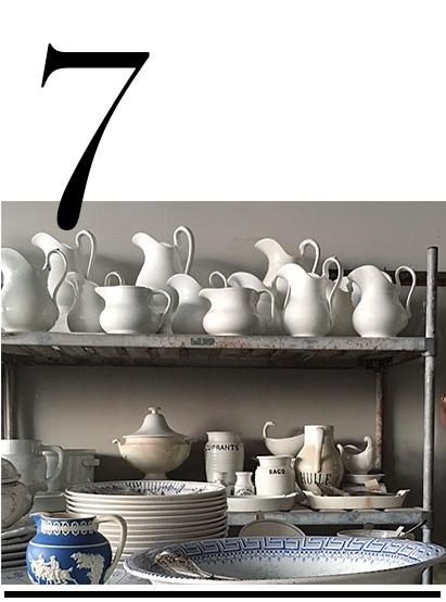 red-chair-antiques-hudson-ny-bathroom-decor-ideas-malin+gomez-top-ten