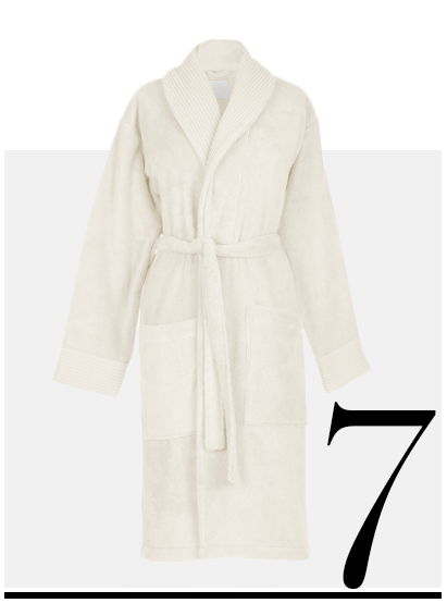 Nervures-Bathrobe-La-Perla-home-improvement-ideas-cozy-winter-night-in-essentials