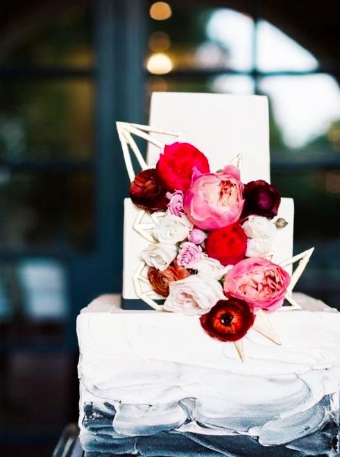 luxurious-gifts-for-weddings-top-ten-STYLISH-gift-ideas.jpeg
