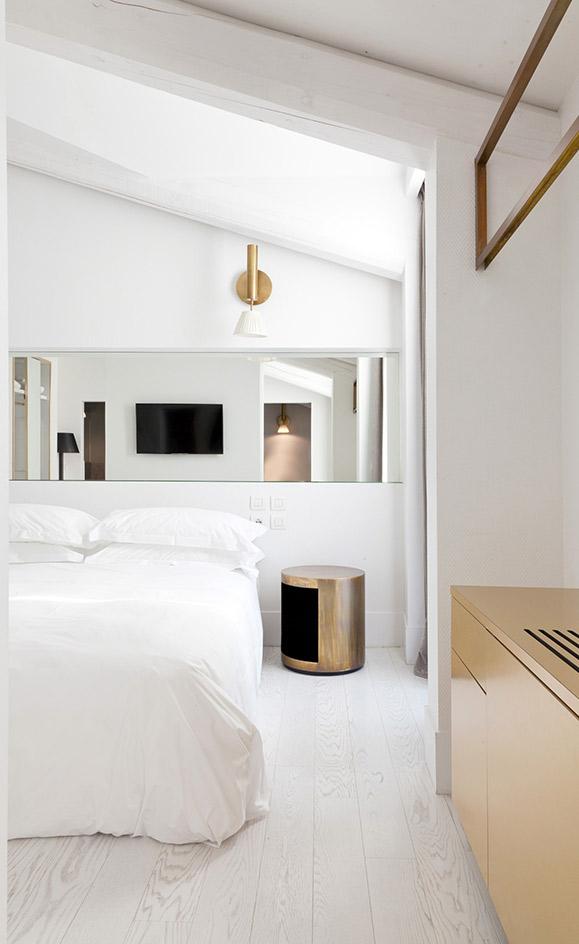 gold-bedroom-decorating-ideas-1.jpg