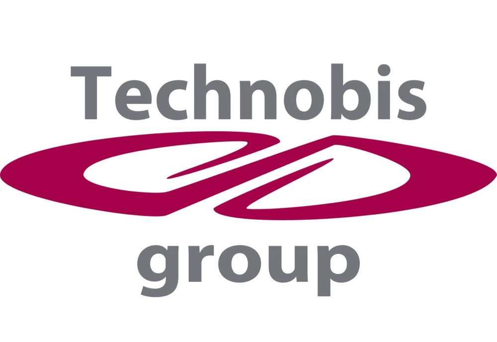 technobis-group2.jpg