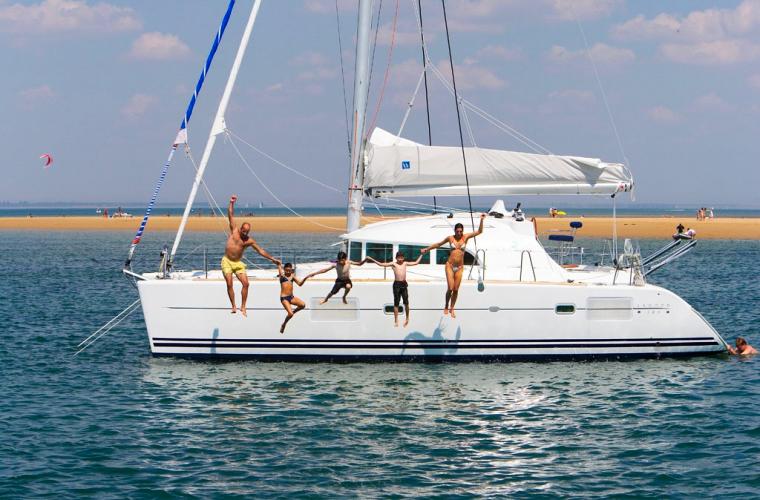 sailing01.jpg
