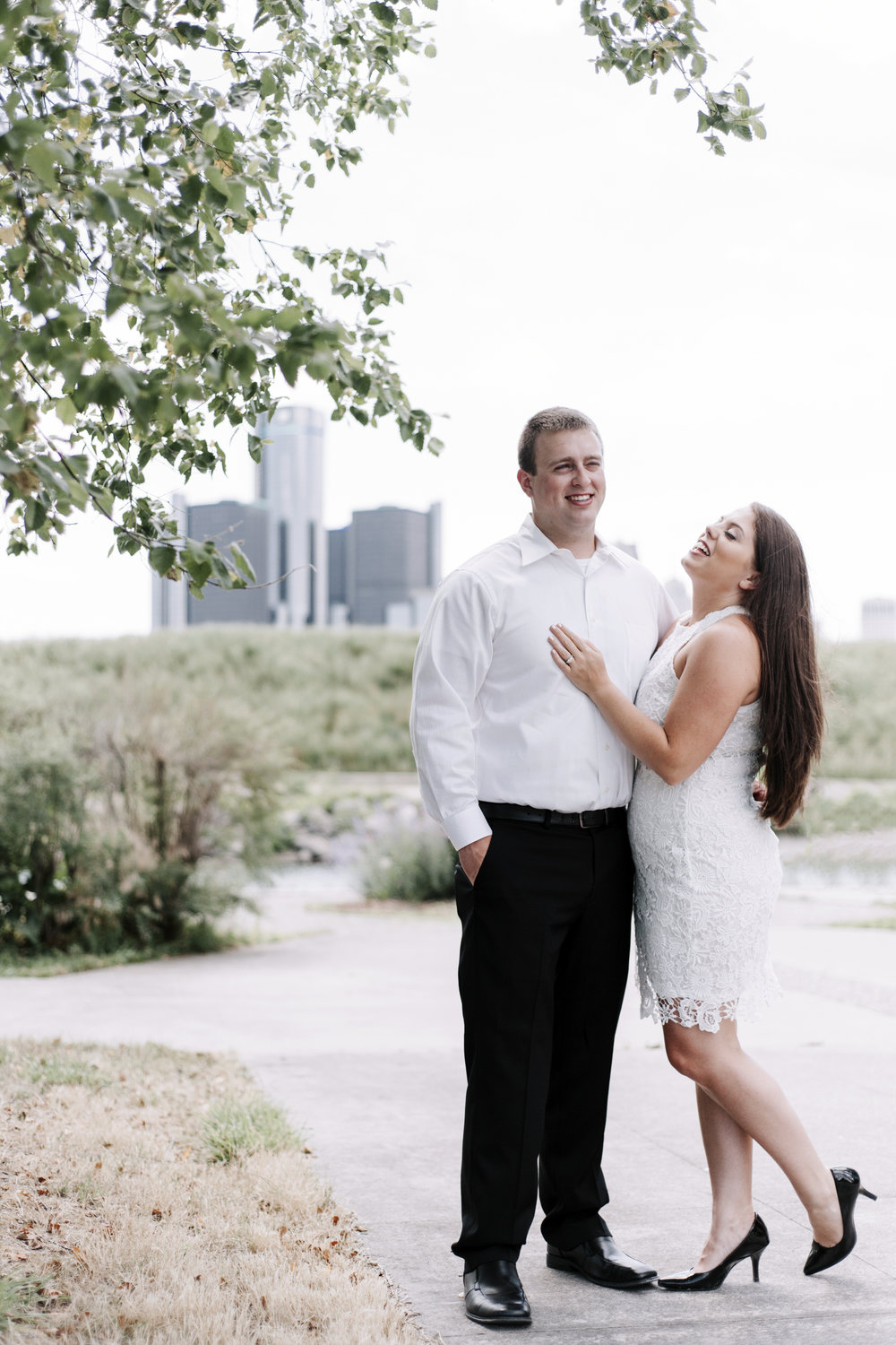 Milliken-State-Park-Engagement-Session-003.jpg