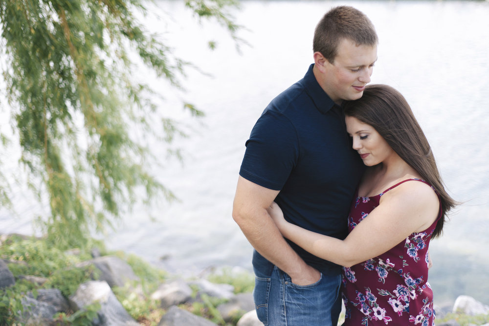 Milliken-State-Park-Engagement-Session-010.jpg