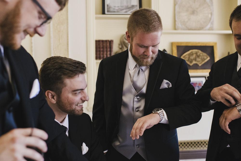 ovation-yacht-charters-wedding-photographer-002.jpg