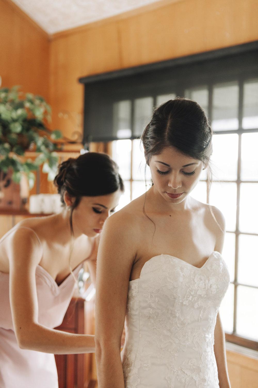 waldenwoods-resort-michigan-wedding-photographer-03.jpg