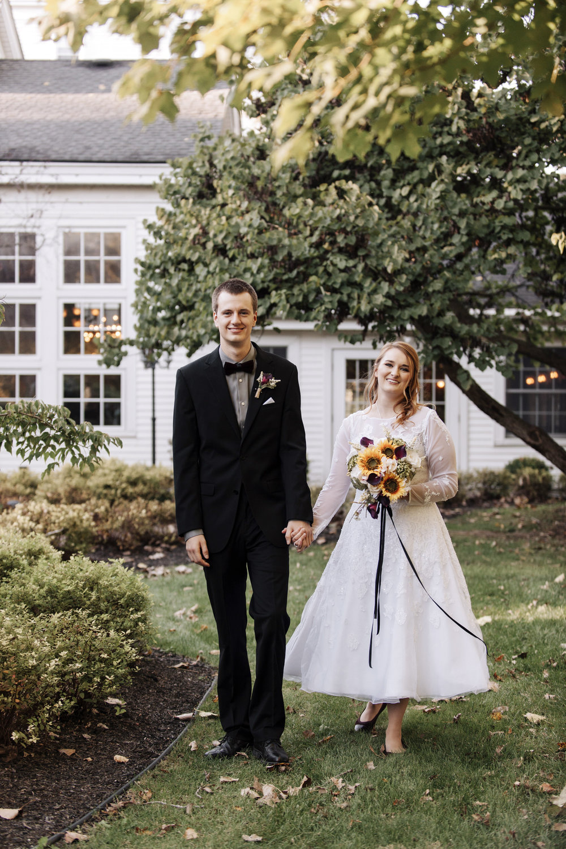 wellers-carriage-house-wedding-photographer-saline-michigan-007.jpg