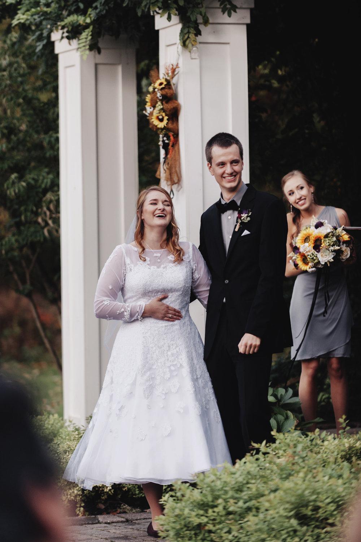 wellers-carriage-house-wedding-photographer-saline-michigan-009.jpg