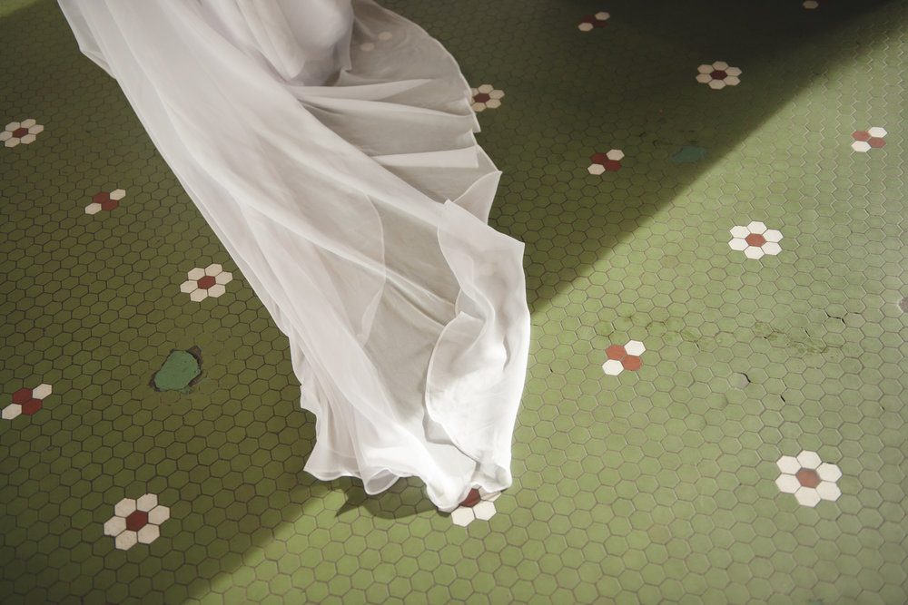 cliff-bells-wedding-photographer-detroit-michigan-016.jpg
