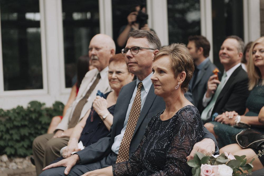 oakhurst-country-club-wedding-photographer-clarkson-michigan-017.jpg