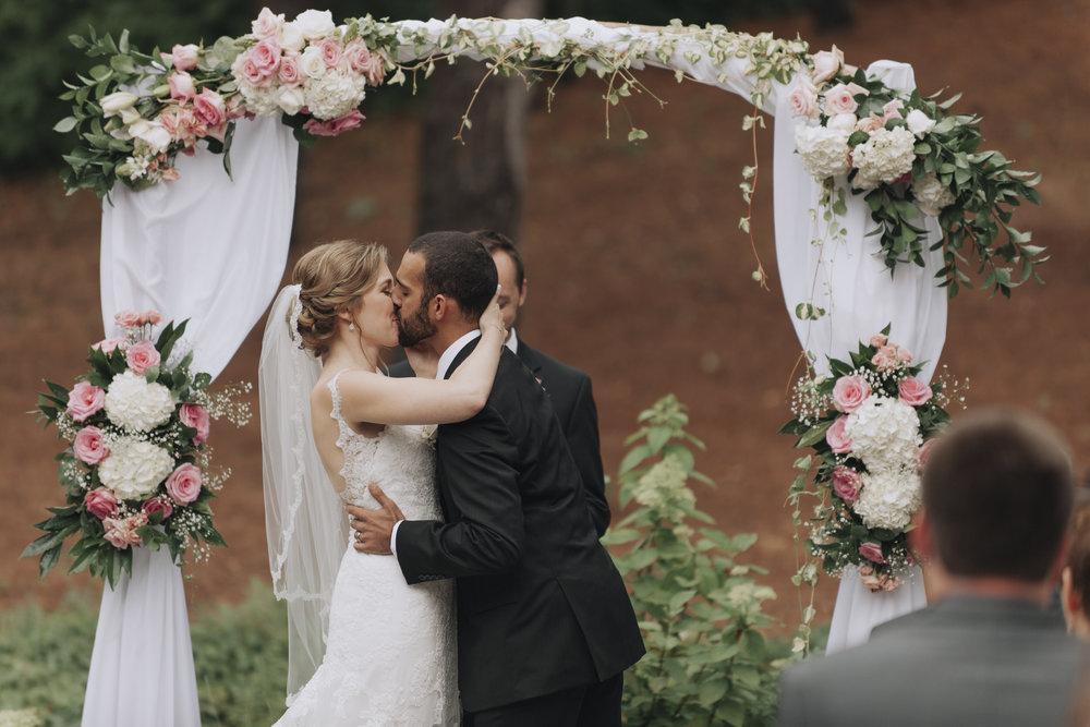 oakhurst-country-club-wedding-photographer-clarkson-michigan-027.jpg