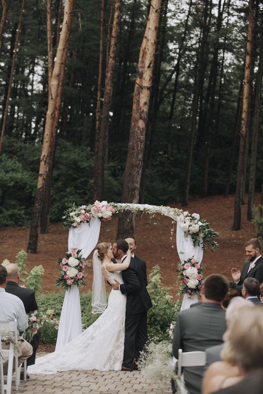 oakhurst-country-club-wedding-photographer-clarkson-michigan-028.jpg