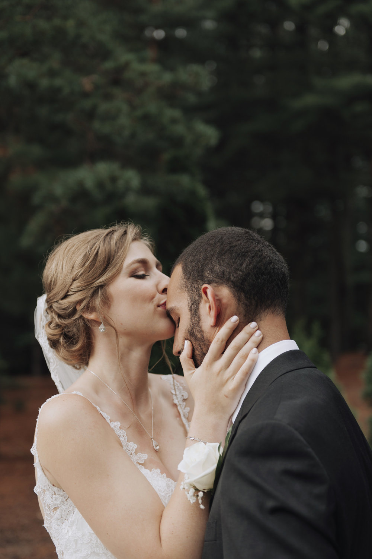 oakhurst-country-club-wedding-photographer-clarkson-michigan-035.jpg