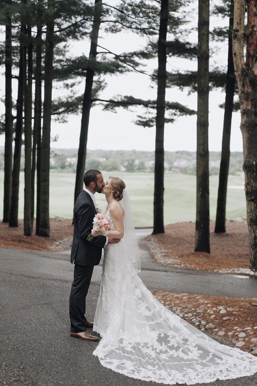 oakhurst-country-club-wedding-photographer-clarkson-michigan-043.jpg