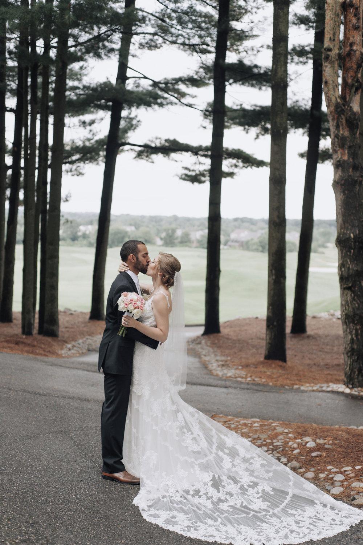 oakhurst-country-club-wedding-photographer-clarkson-michigan-044.jpg