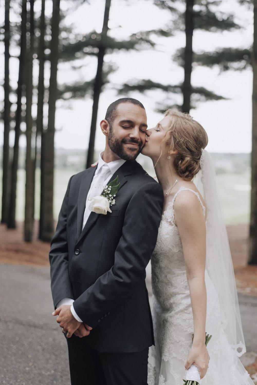 oakhurst-country-club-wedding-photographer-clarkson-michigan-045.jpg