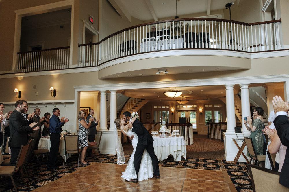 oakhurst-country-club-wedding-photographer-clarkson-michigan-052.jpg