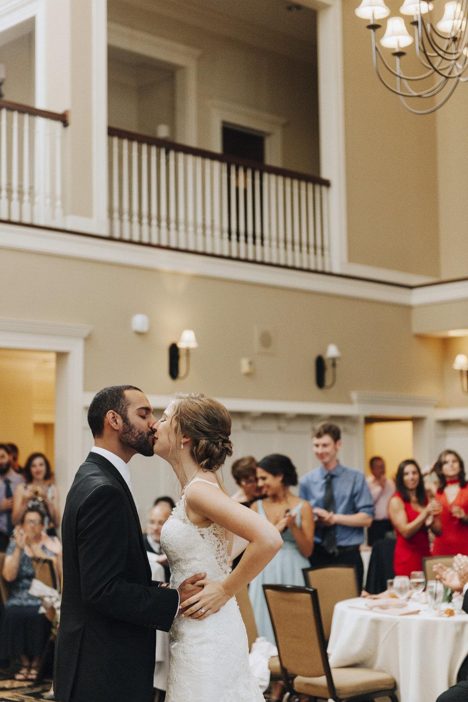 oakhurst-country-club-wedding-photographer-clarkson-michigan-062.jpg