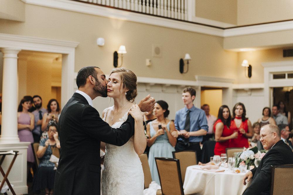 oakhurst-country-club-wedding-photographer-clarkson-michigan-063.jpg