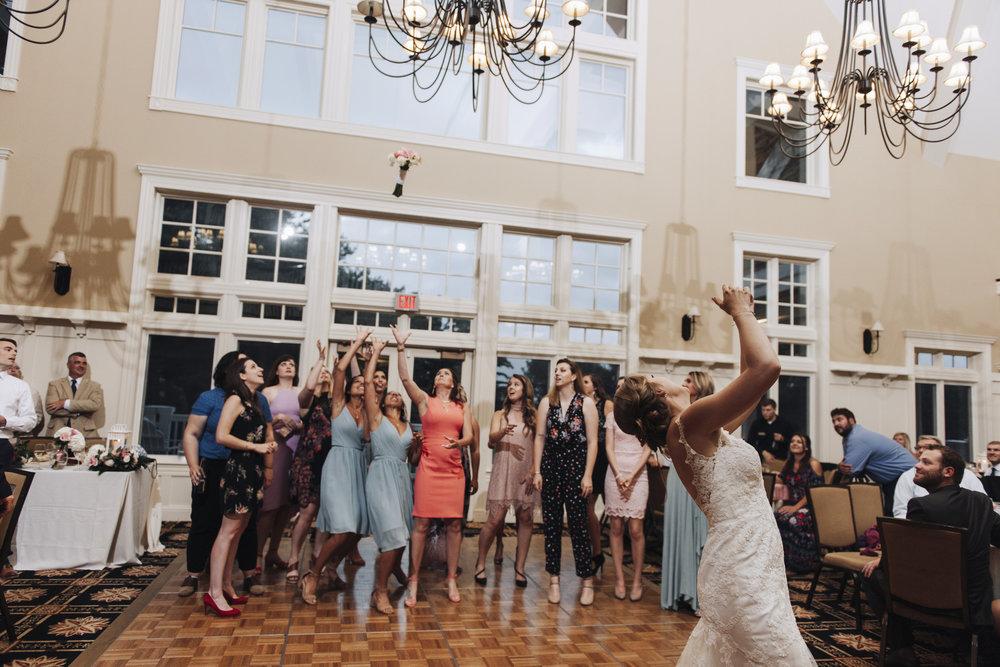 oakhurst-country-club-wedding-photographer-clarkson-michigan-065.jpg
