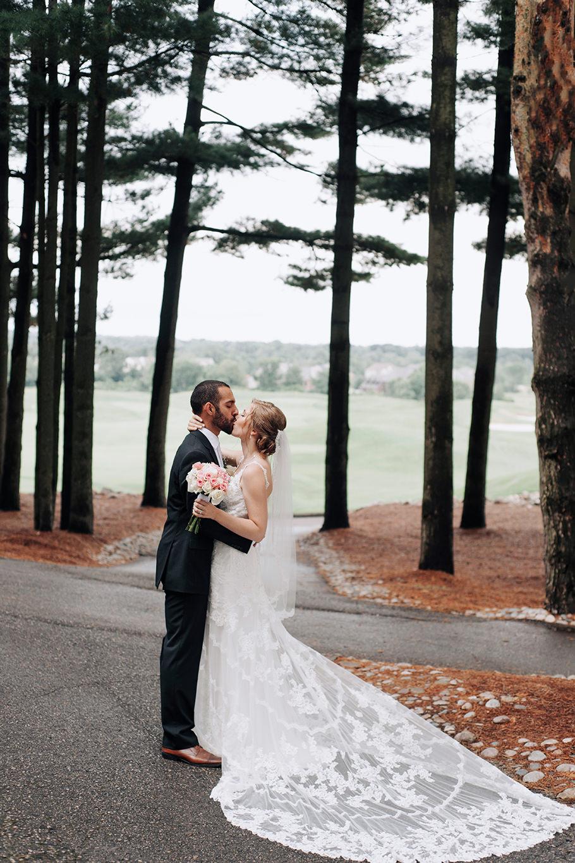 oakhurst-country-club-wedding-photographer-clarkson-michigan-069.jpg