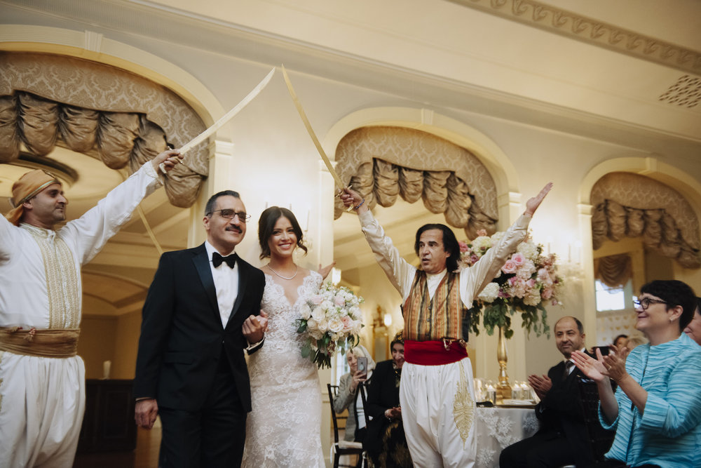 lovett-hall-wedding-photos-at-the-henry-ford-michigan-009.jpg