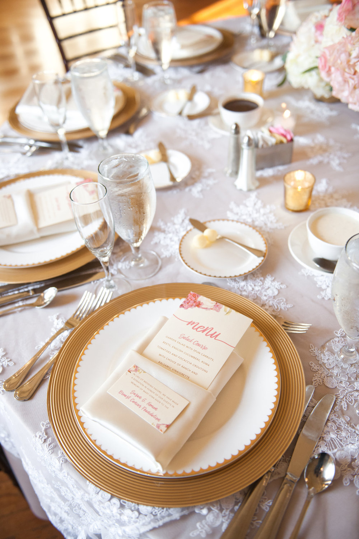 lovett-hall-wedding-photos-at-the-henry-ford-michigan-018.jpg