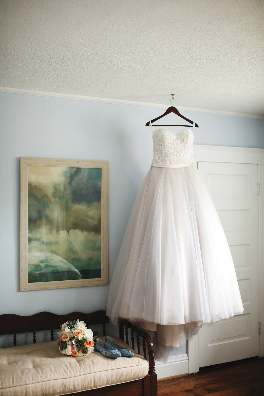 lafayette-grande-wedding-photographer-pontiac-michigan-001.jpg