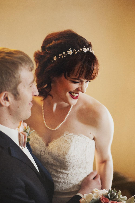 lafayette-grande-wedding-photographer-pontiac-michigan-010.jpg
