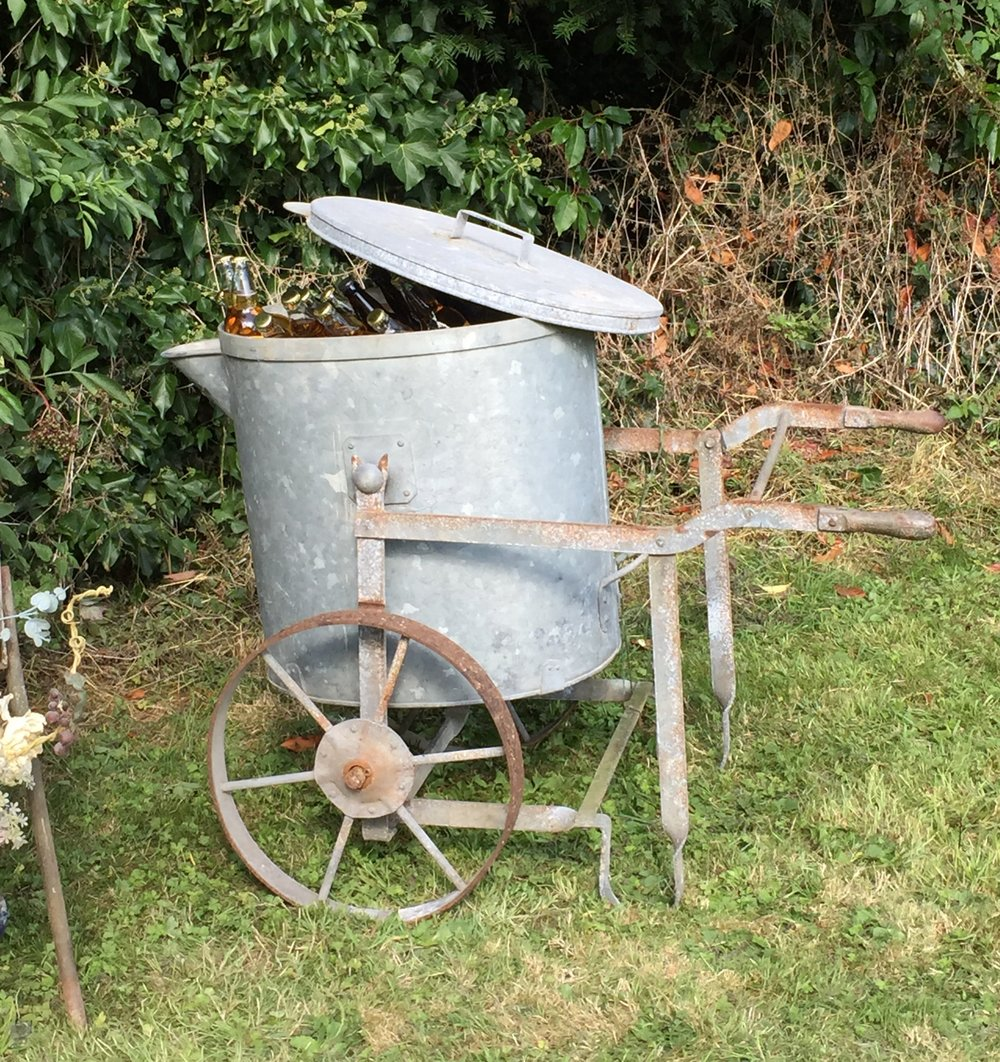1900's water carrier, perfect for storing ice and drinks for outside functions - £25