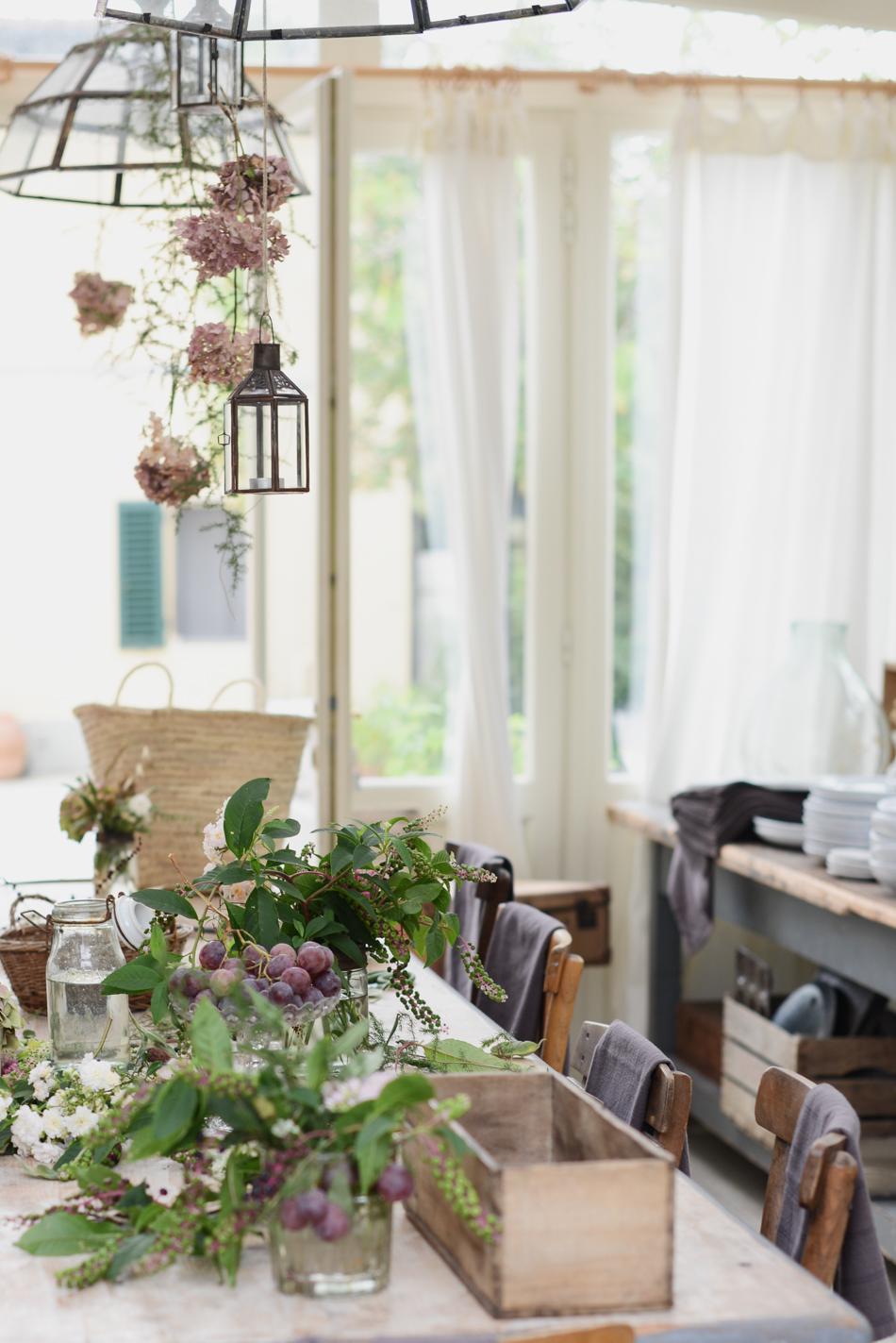 Un trucco che mi ha insegnato la fotografia:indossare un abito abbinato alla vostra tavola è sicuramente un piccolo tocco che aiuta a rendere ancor più armoniosa l'atmosfera.