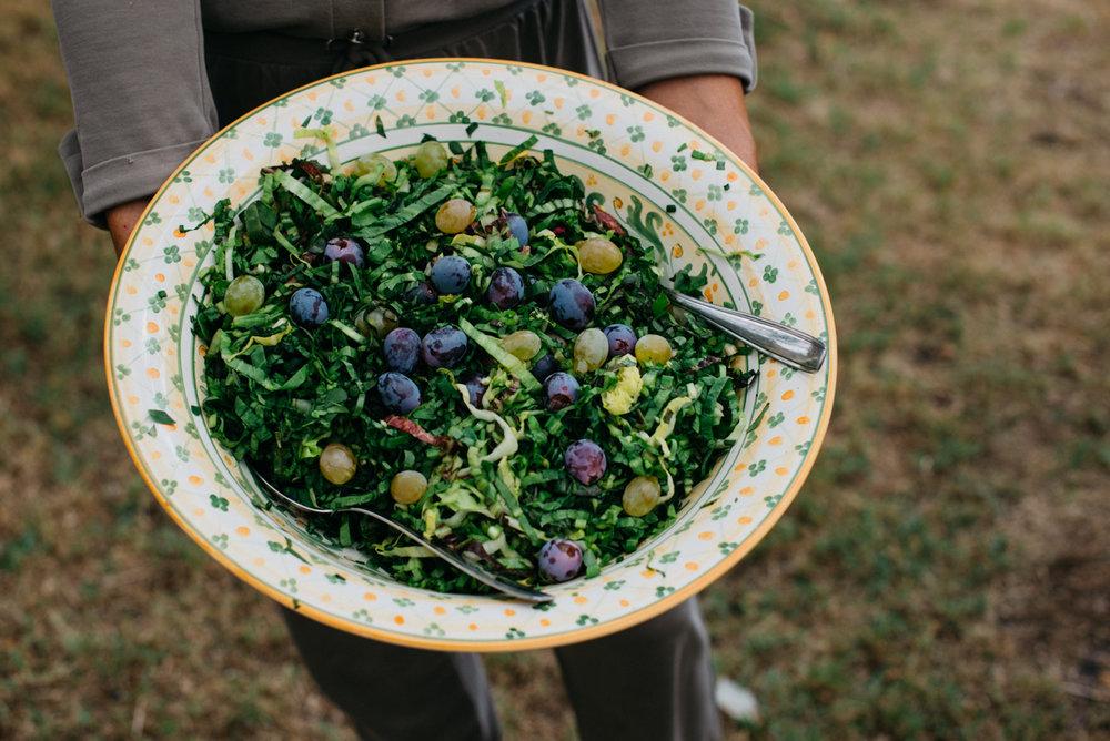 insalata di radicchio con uva. Una delizia settembrina.