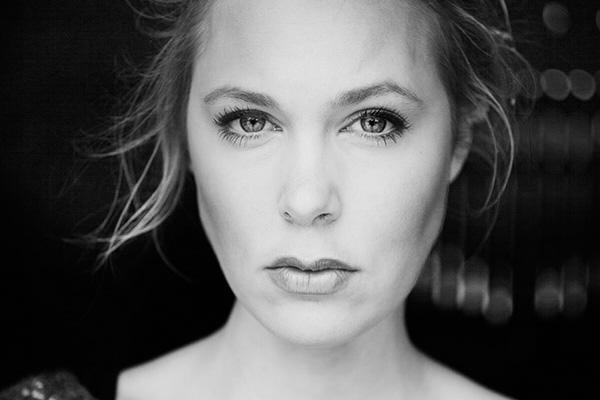 <b>Josefine Klougart</b><br>Forfatter<br>Medstifter af Forlaget Gladiator