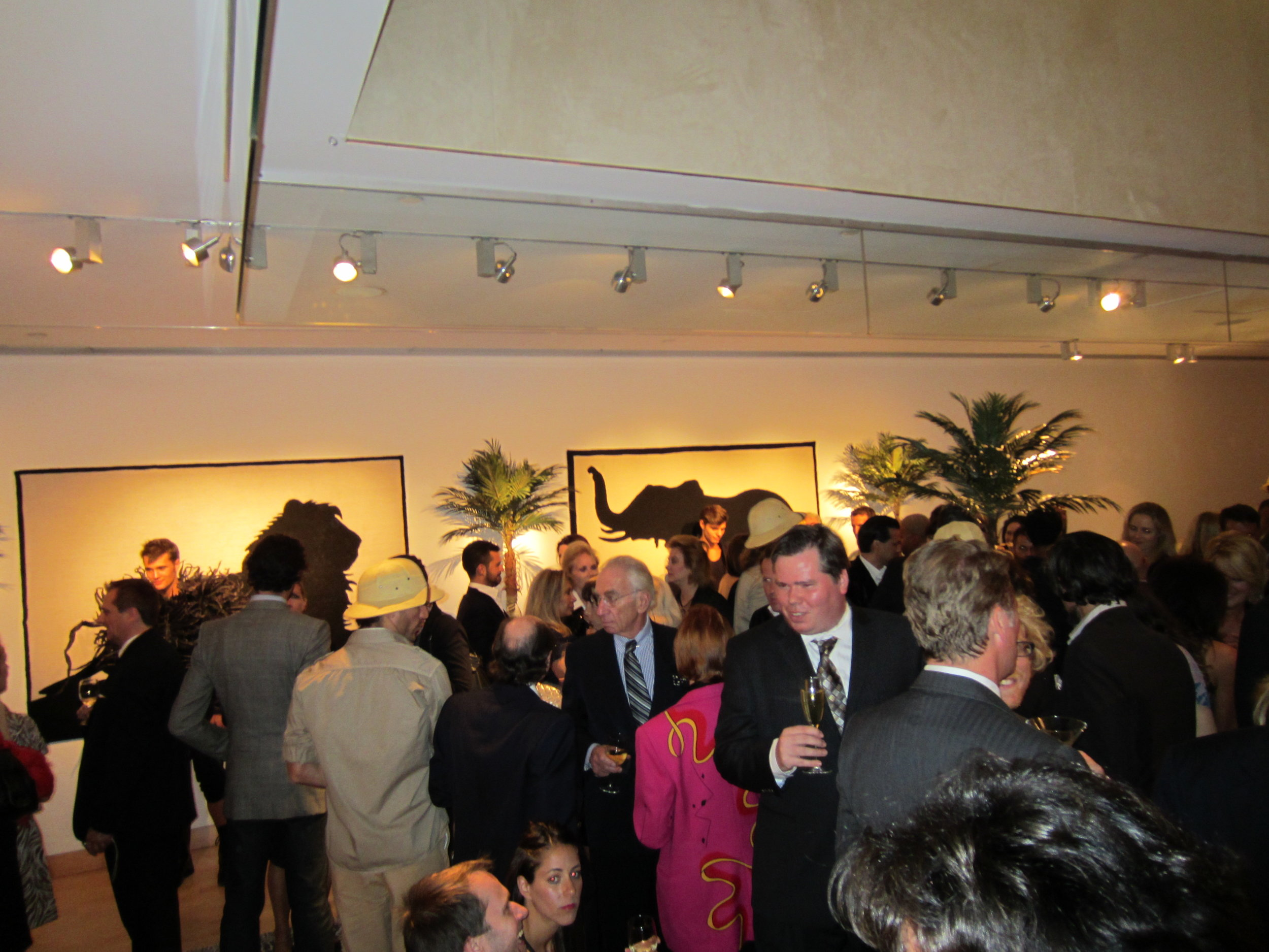 Over at steuben on madison avenue last night star interior designer geoffrey bradfield invited guests on safari and held a cocktail reception with