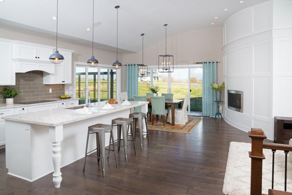 Contemporary Farmhouse Kitchen with Open Concept Design
