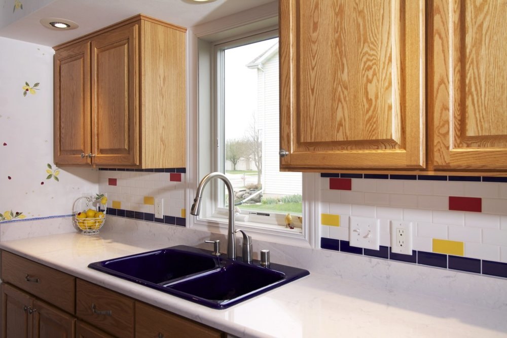 Porcelain Kitchen Sinks | What Materials Are Best For A Kitchen Sink 7 Sinks Compared
