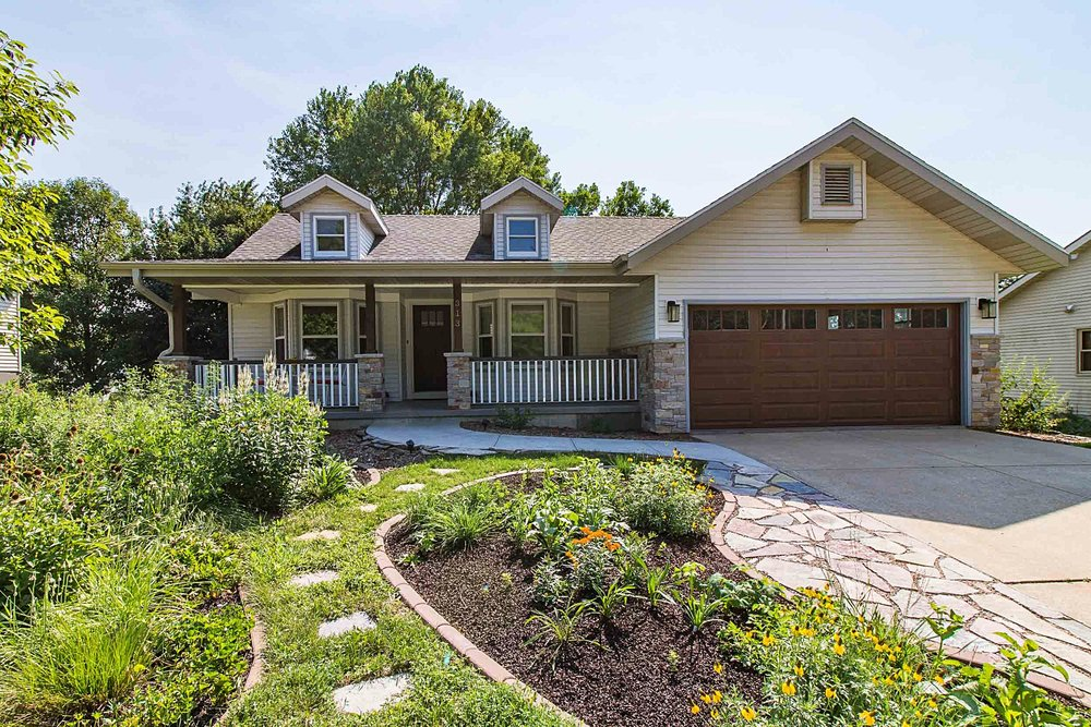 This DeForest, Wisconsin Ranch Home Gets an Exterior Remodel