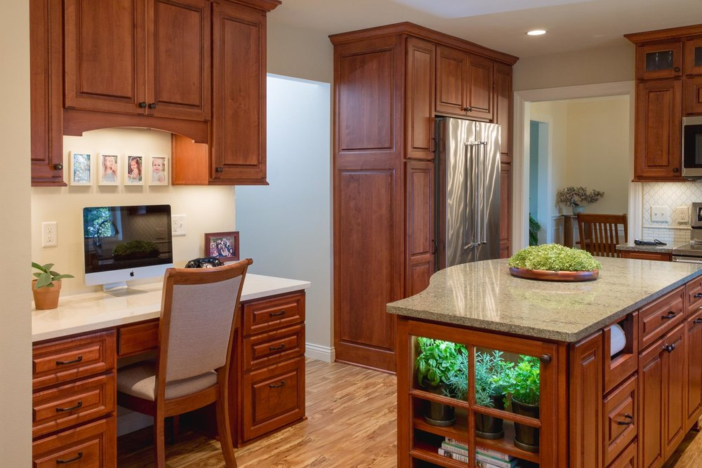 - Cambria Quartz is used in this kitchen, also pictured at top of the page. The desk area is Fairbournce color, while the rest of the tops are Ferndale.