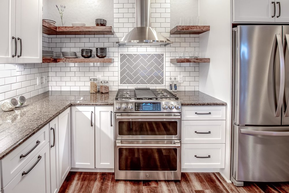 Shaker Style Cabinets In Linen