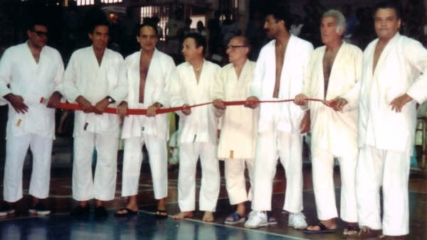 The Grandmasters with Grandmaster Helio's Red Belt