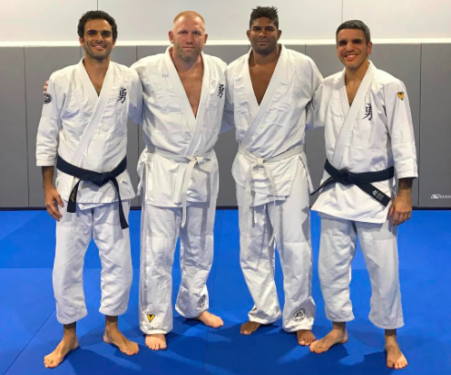 Sergei Kharitonov and Alistair Overeem at Valente Brothers