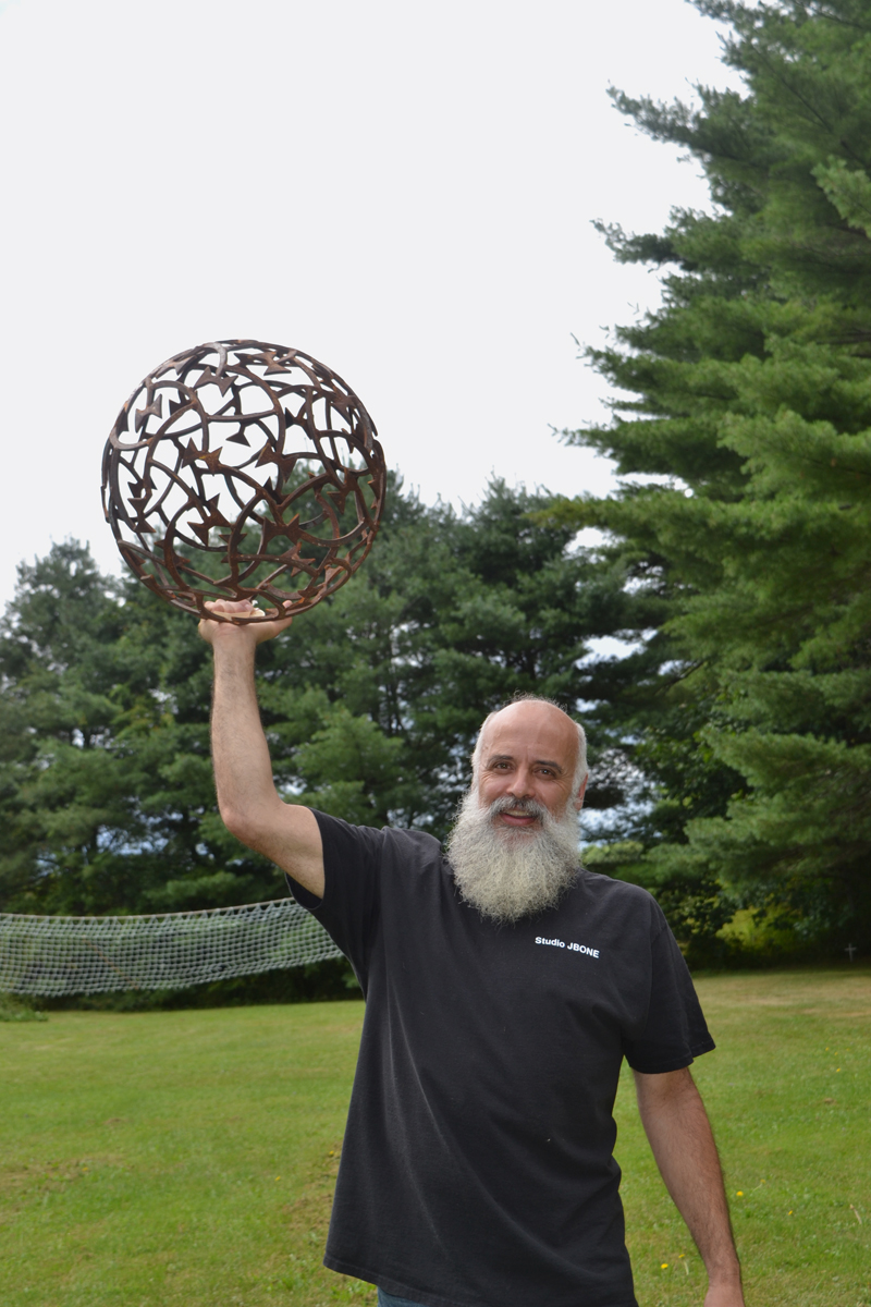 Lincoln County Artsbeat: Metal Man - Lincoln County News