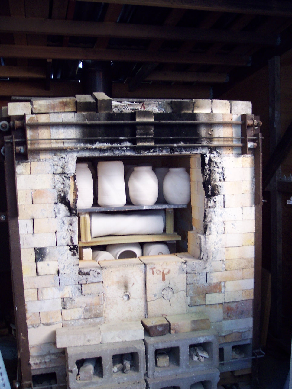 Gas Kiln  (Minnesota flat-top design)