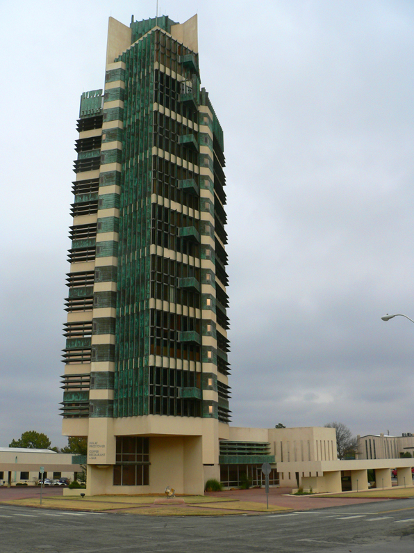 Price Tower exterior 01