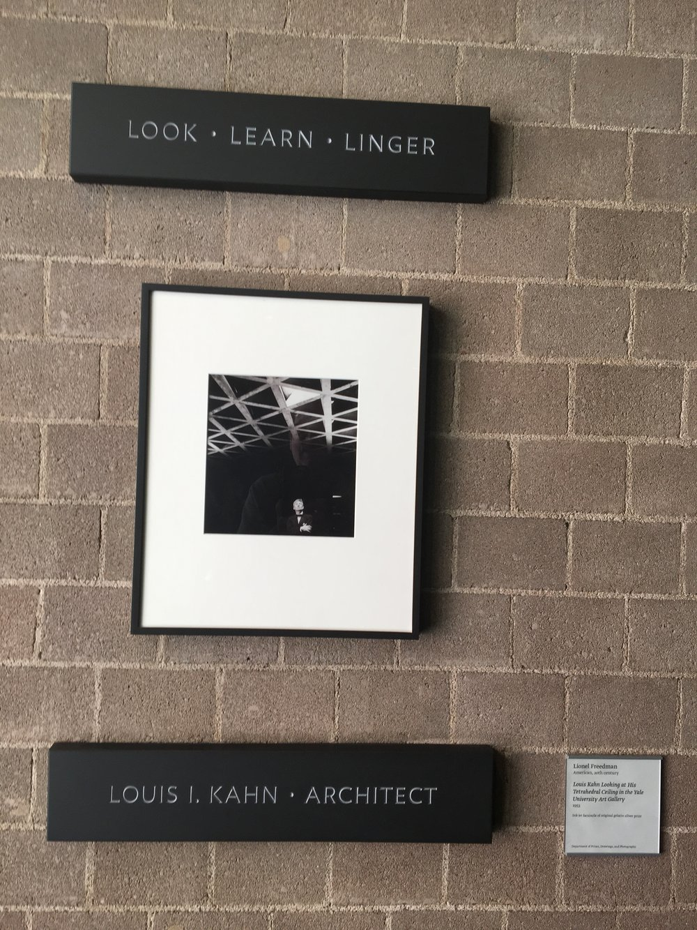 Yale Art Gallery, Kahn plaque