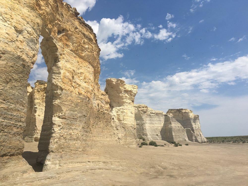 Monument Rocks 02.JPG