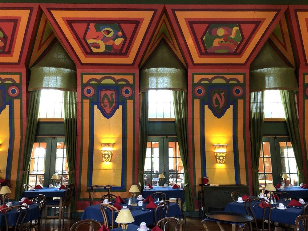 Naniboujou Lodge Dining Room interior wall