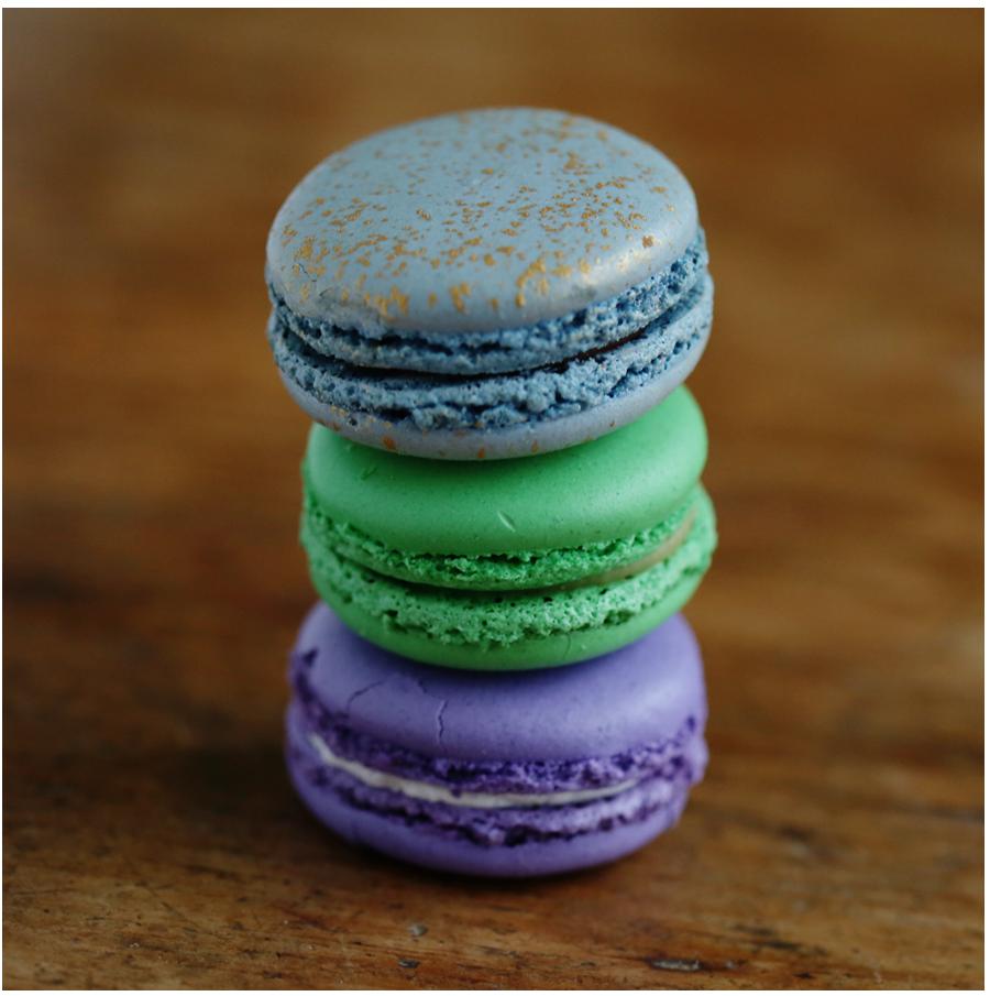 purple_french_macaron.jpg