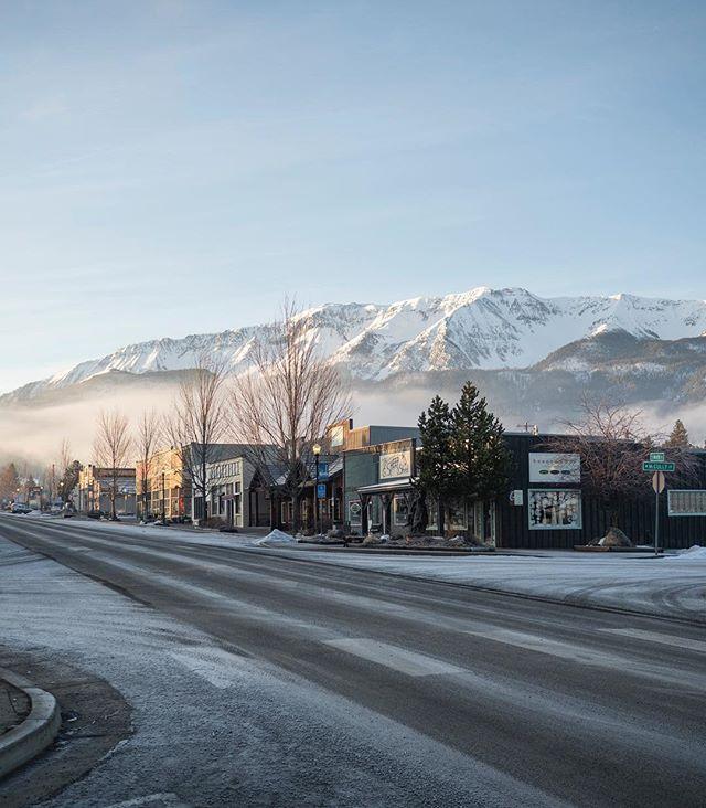 Sleepy winter morning in eastern Oregon ❄️