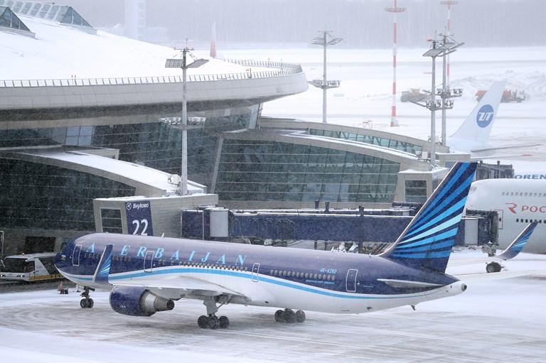 An Azerbaijan passenger plane at Vnukovo Airport during a snowstorm.SOURCE  MARINA LYSTSEVA/GETTY